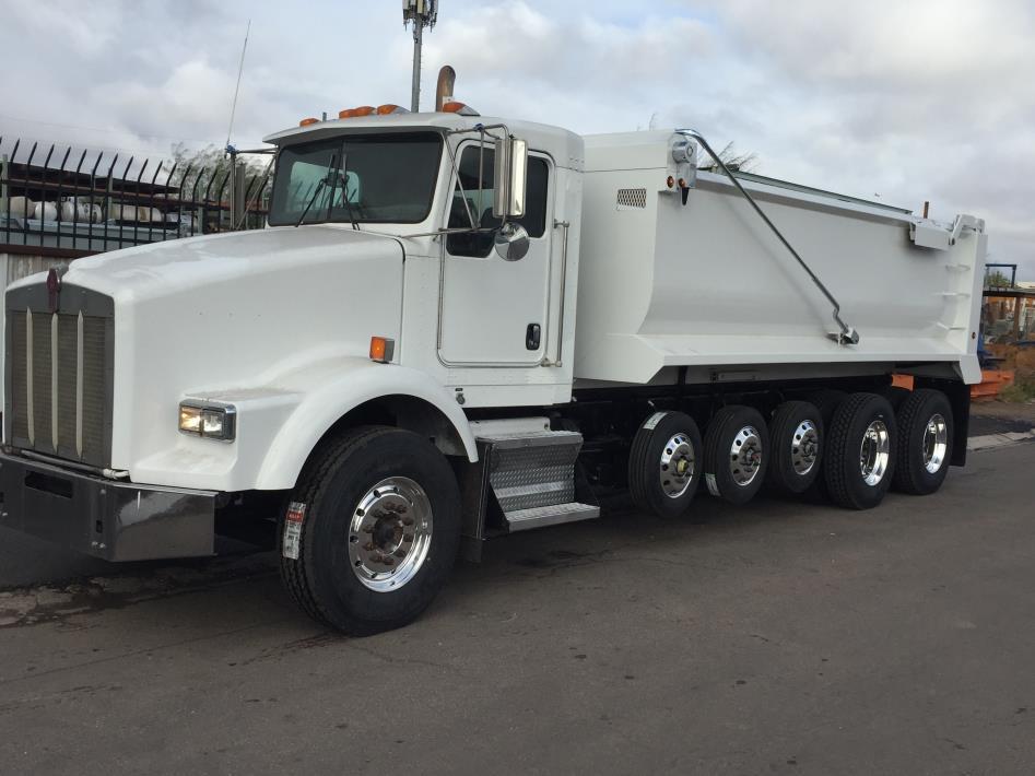 2006 Kenworth T800  Dump Truck