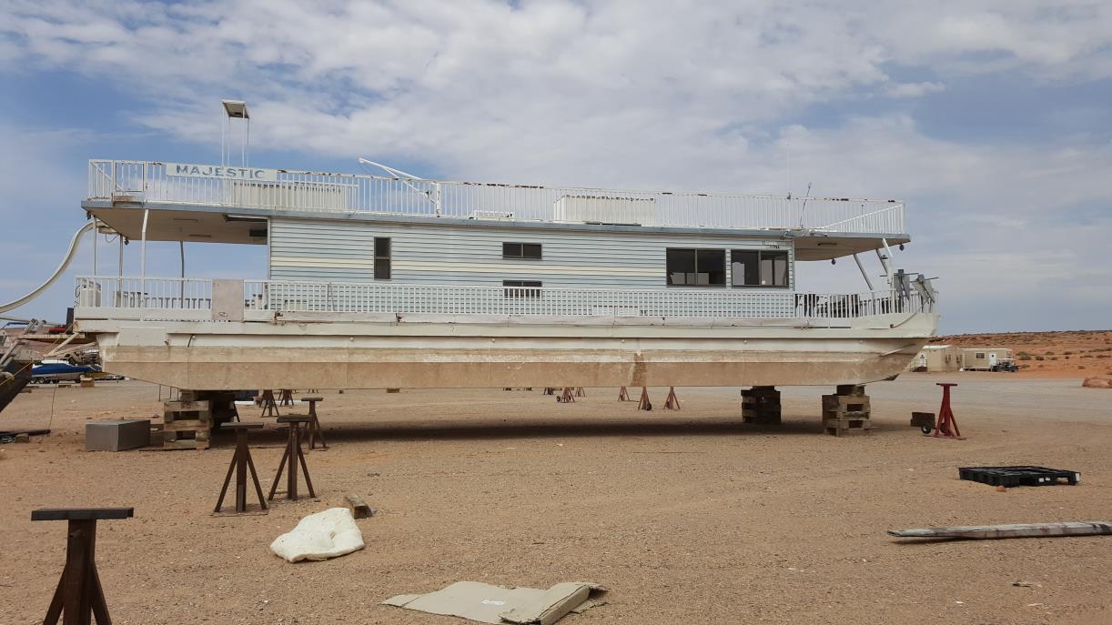1988 Hansen 65' houseboat
