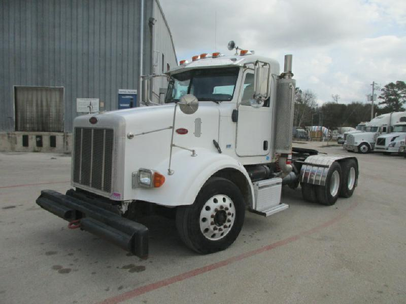 2006 Peterbilt 385  Conventional - Day Cab