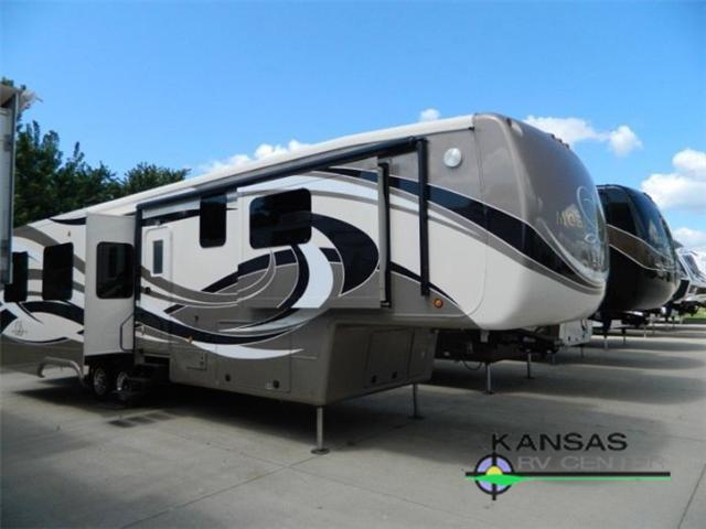 2015 DRV LUXURY SUITES Mobile Suites 38 RSSA