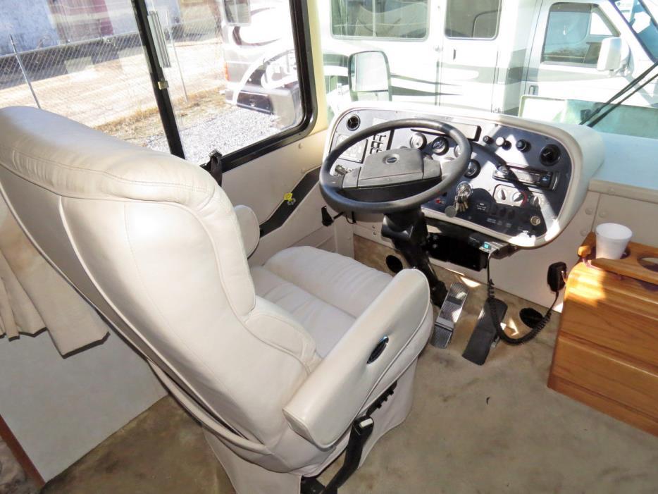 2001 Tiffin Motor Homes ALLEGRO BAY 37DB, 2