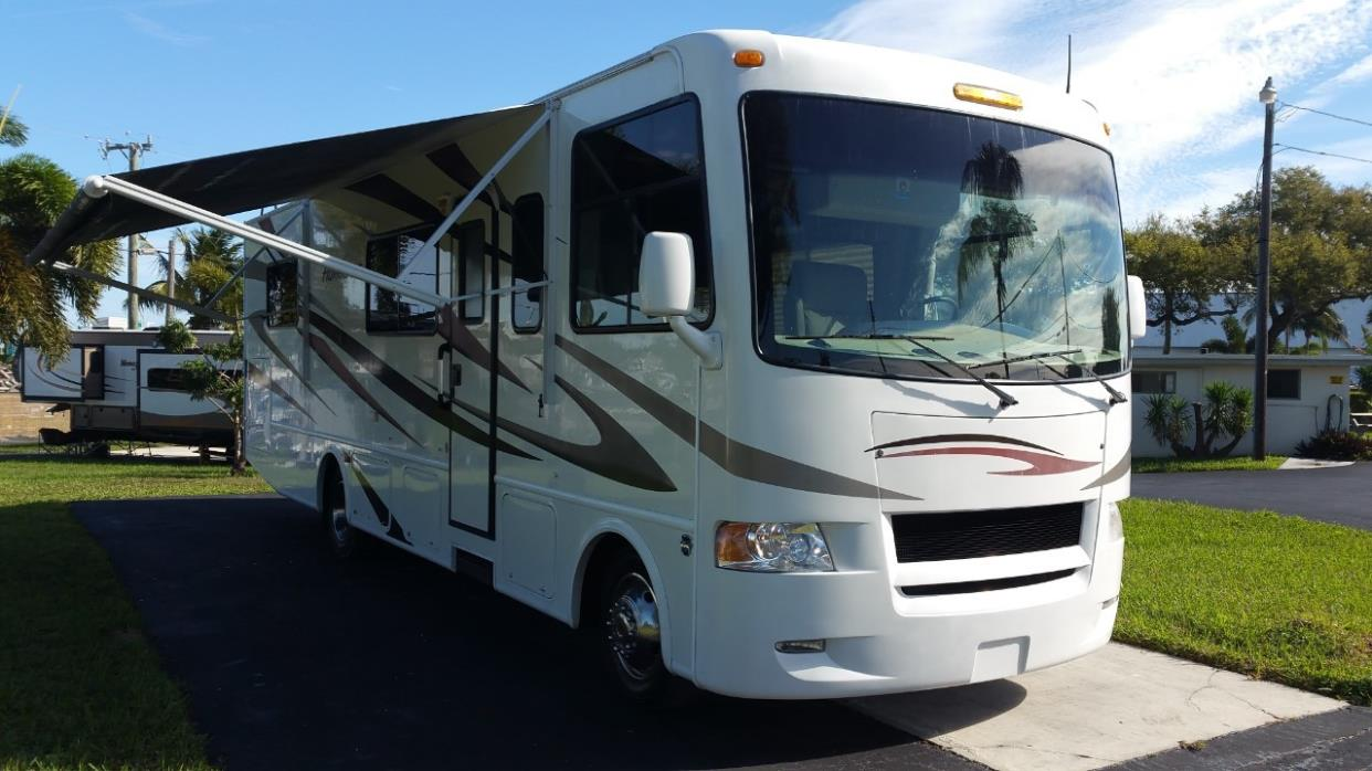 Thor motor coach hurricane 30q rvs for sale for Thor motor coach hurricane