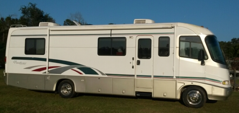 1999 Holiday Rambler VACATIONER 32CG, 0
