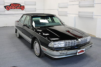 1992 Oldsmobile Ninety-Eight Runs Body Int VGood 3.8L V6 4 spd auto 1992 Black Runs Body Int VGood 3.8L V6 4 spd auto!