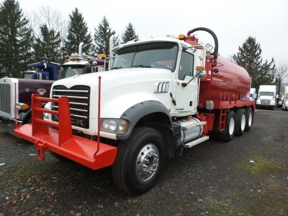 2009 Mack Granite Gu713 Vacuum Truck