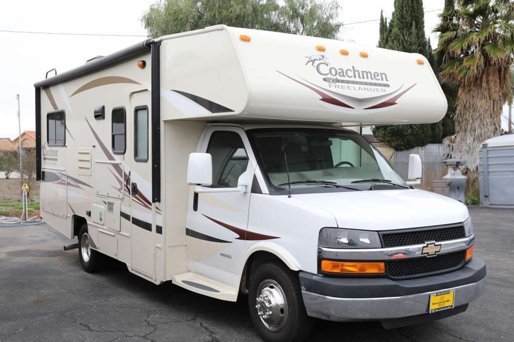 2015 Coachmen Freelander 22QB (Chevy)