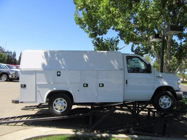 2016 Ford E-350sd  Plumber Service Truck