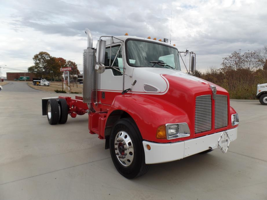 2000 Kenworth T300 Cab Chassis