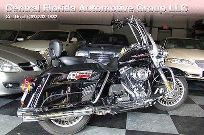 Harley-Davidson Touring  2013 HARLEY-DAVIDSON ROAD KING 8K LOW MILES! LOTS OF UPGRADES! SUPER CLEAN!