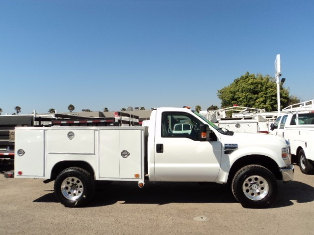 2008 Ford F350  Contractor Truck