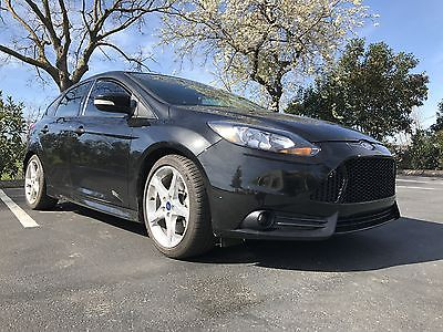 2014 Ford Focus ST 2014 Ford focus ST St2 Package 20 k miles Recaro seats Sony