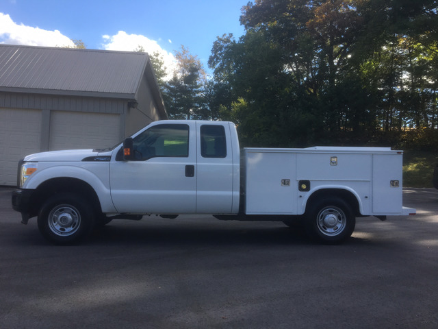 2012 Ford F250  Contractor Truck