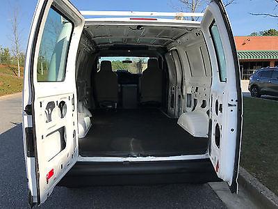 2014 Ford E-Series Van Base Standard Cargo Van 3-Door 2014 Ford E-250 Base Standard Cargo Van 3-Door 4.6L Hauler Rack