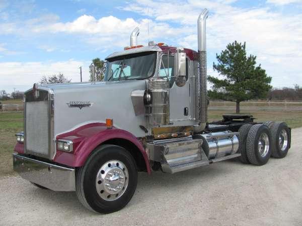 2009  Kenworth  W900L