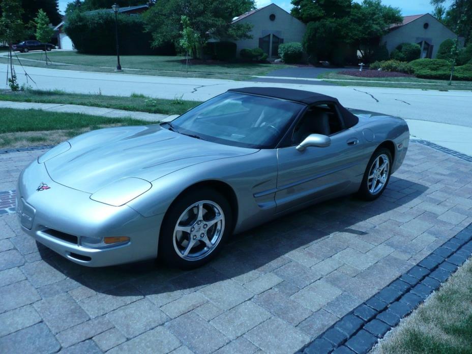 2001 Chevrolet Corvette  2001 Chevrolet Corvette Convertible