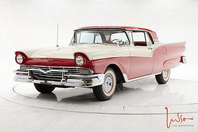 1957 Ford Fairlane  1957 Ford Fairlane 500 Skyliner 312Ci / Powersteering / Award Winner!!