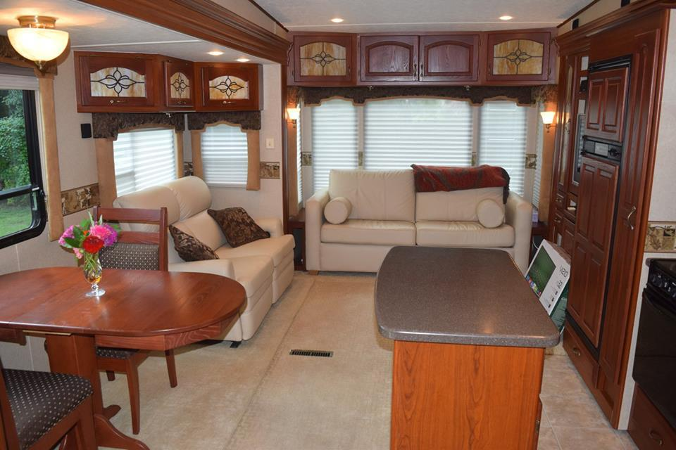 2008 Carriage CAMEO 35FD3, 1