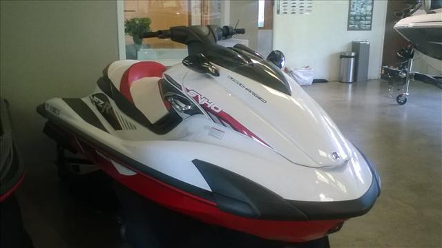 2016 Yamaha FZR