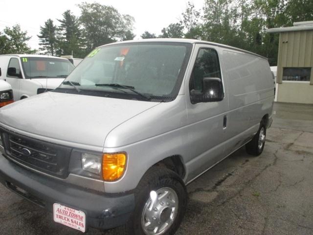 2005 Ford E-150  Cargo Van