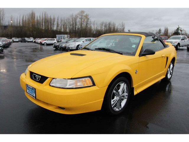 1999 Ford Mustang GT Premium