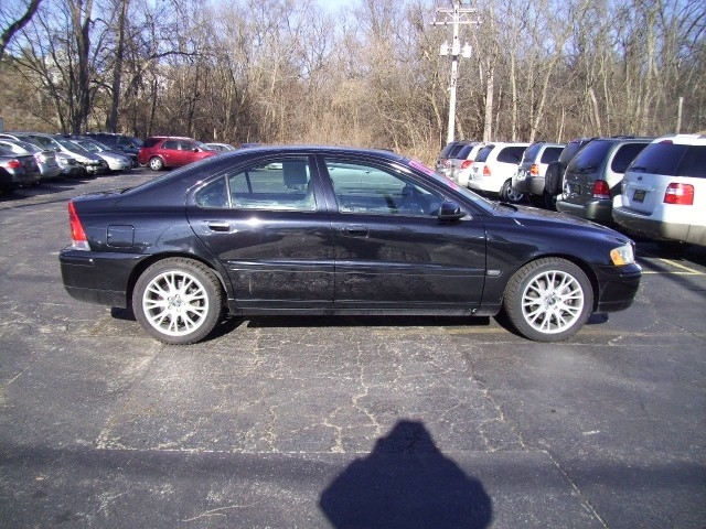 2006 Volvo S60 4dr Front-wheel Drive Sed