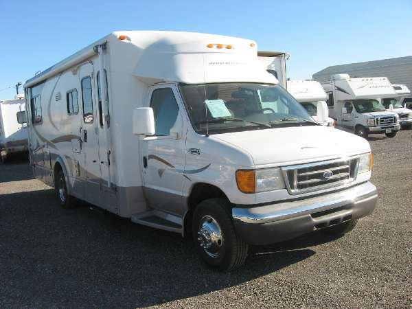 2005 Winnebago ASPECT 26A - FORD