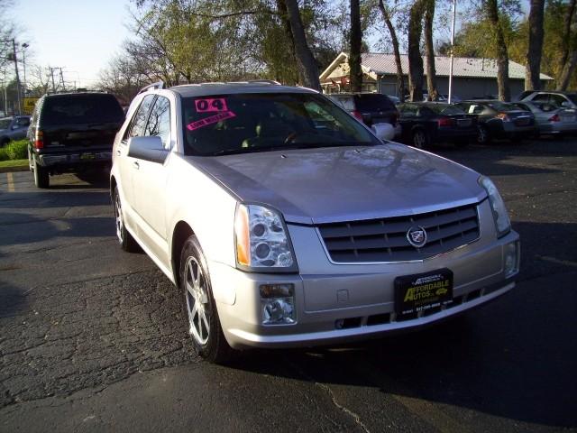 2004 Cadillac SRX 4dr 4x2 V8
