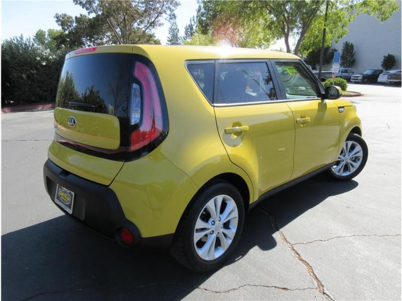 2015 Kia Soul + Wagon 4D
