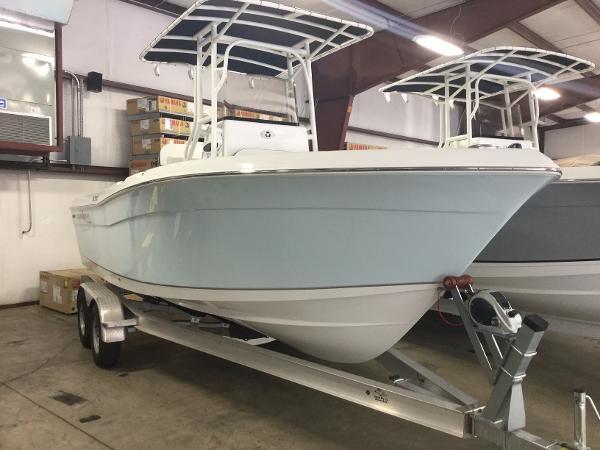 2017 Clearwater 2200 CC (Carolina Blue)