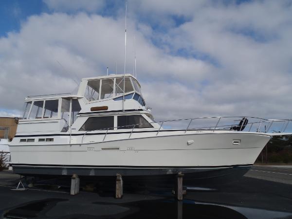 1987 Viking Yachts 44 DOUBLE CABIN MOTOR YACHT