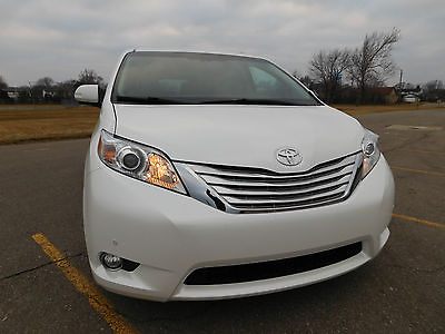 2014 Toyota Sienna Limited Mini Passenger Van 4-Door 2014 Toyota Sienna Limited AWD Mini Passenger Van 4-Door 3.5L