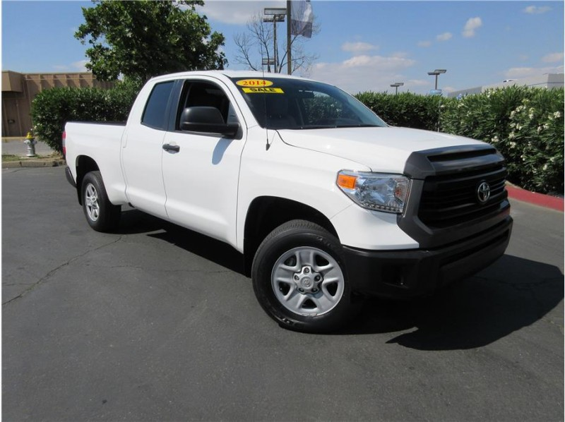 2014 Toyota Tundra Double Cab SR5 Pickup 4D 6 1/2 ft