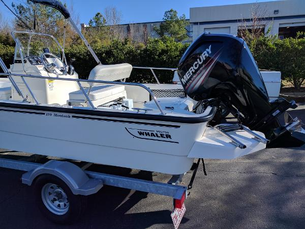 2015 Boston Whaler 17 Montauk