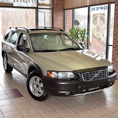 2004 Volvo XC70 XC70 2.5t 2004 Volvo XC70 2.5t AWD Best Year GORGEOUS CONDITION Premium Package NEW TIRES