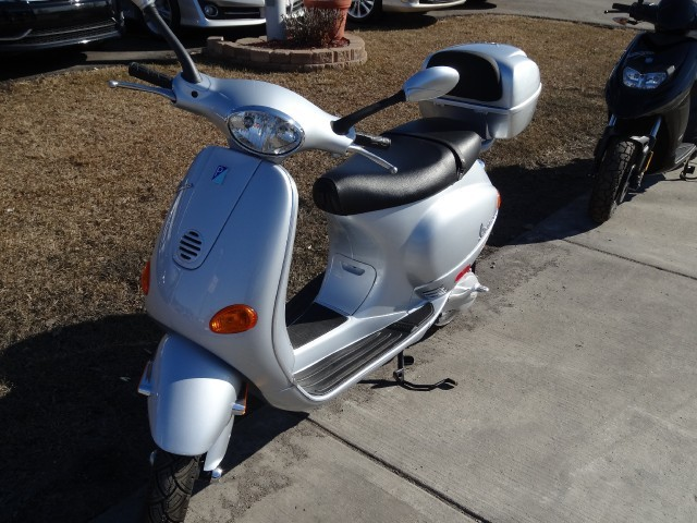 2005 vespa et2 motorcycles for sale. Black Bedroom Furniture Sets. Home Design Ideas