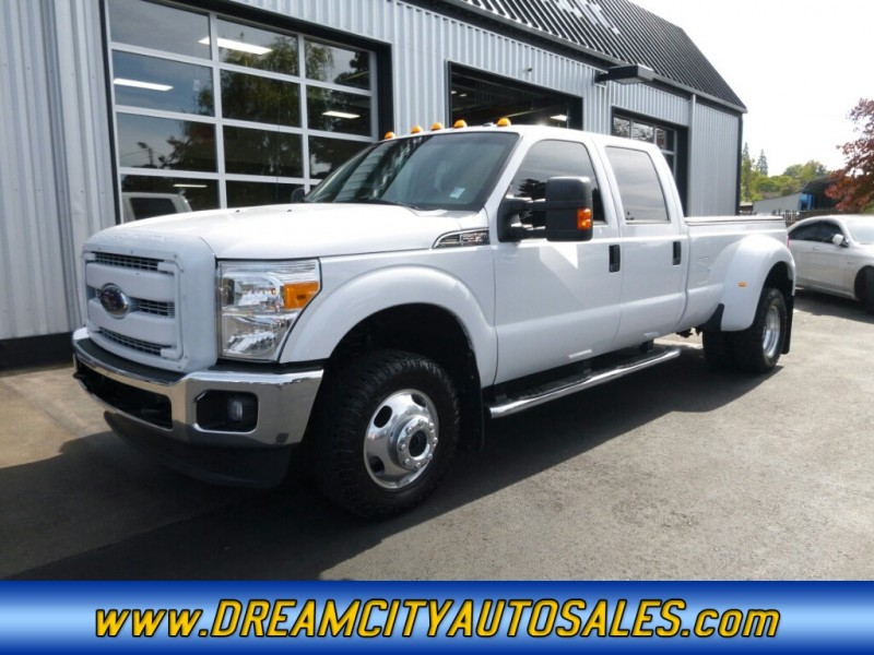 2012 Ford F350 Super Duty Crew Cab XLT Pickup 4D 8 ft