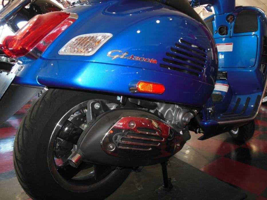 2015 Vespa GTS 300 i.e. Super ABS