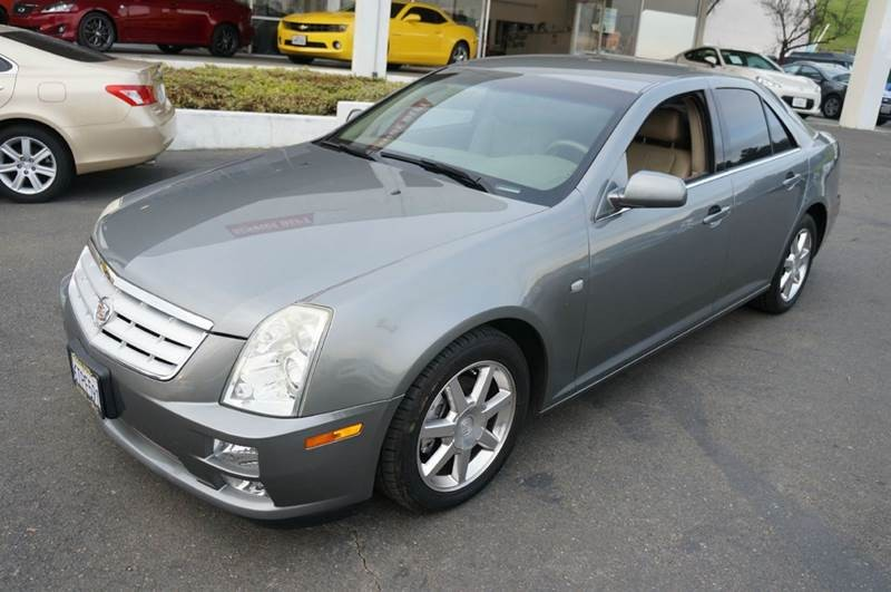 2005 Cadillac STS Base 4.6 4dr Sedan