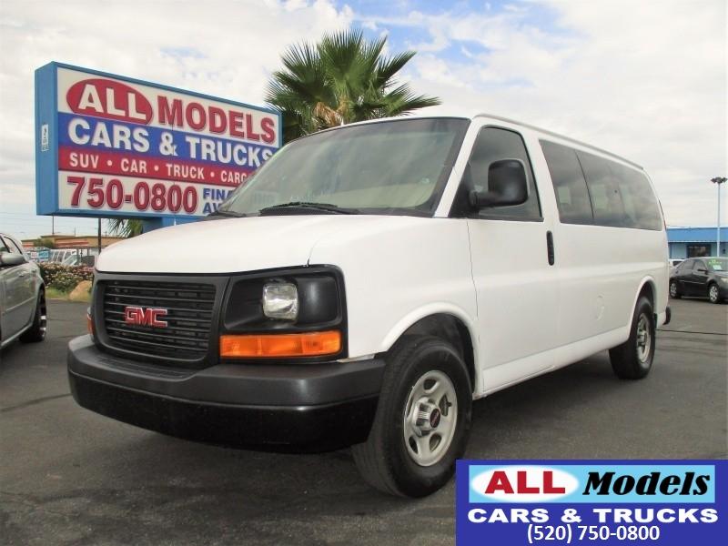 2006 GMC Savana 1500 LS ****12 Passenger Van****