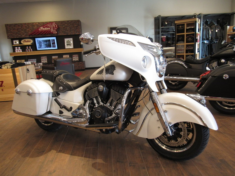 indian chieftain white smoke motorcycles for sale in california. Black Bedroom Furniture Sets. Home Design Ideas