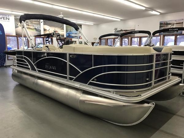 2017 Sylvan 8520 Cruise-n-Fish
