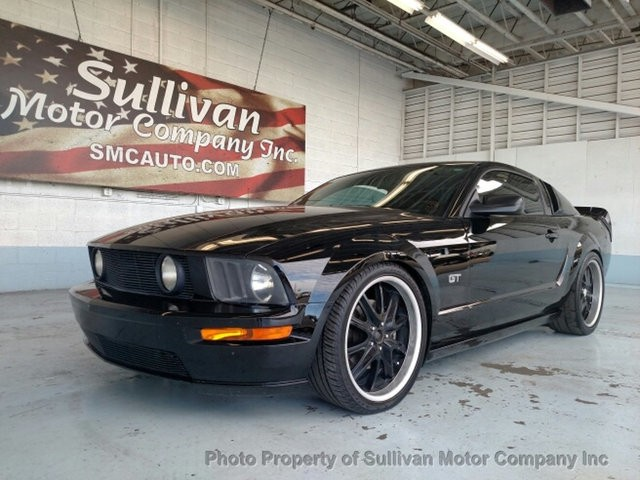 2007 Ford Mustang 2dr Coupe GT Deluxe