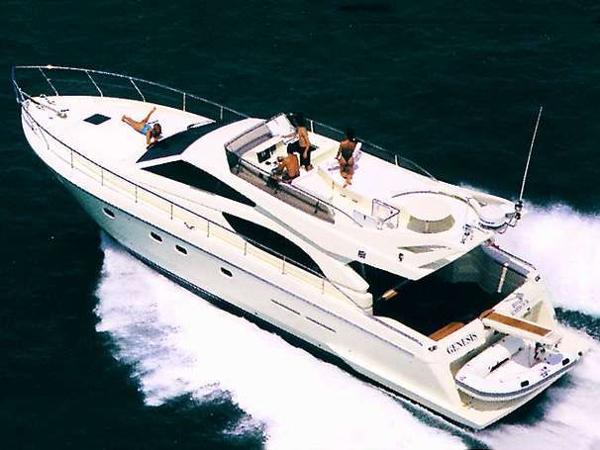 1999 Ferretti Yachts 530