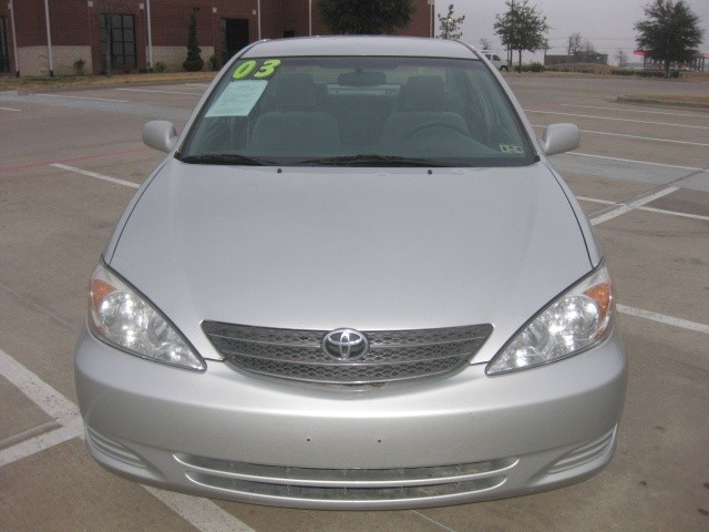 2003 Toyota Camry LE 4 Door Sedan Automatic, 125K Miles, Clean Title, Power Seat, New Tires Come and