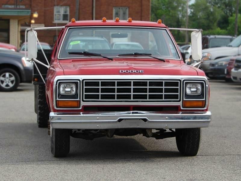 1985 Dodge Pickup Flat Bed. Super Low Miles!!