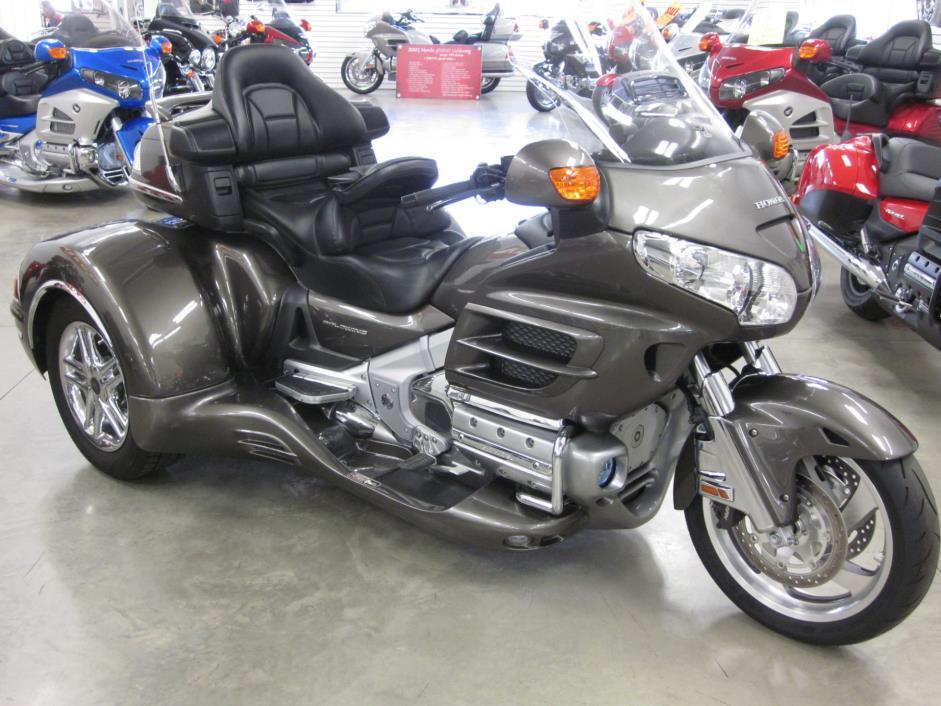 2010 California Sidecar Cobra titanium