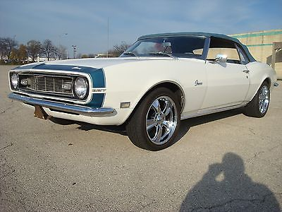 1968 Chevrolet Camaro convertible 1968 Camaro Convertible 327 matching numbers auto restomod white fuel injection
