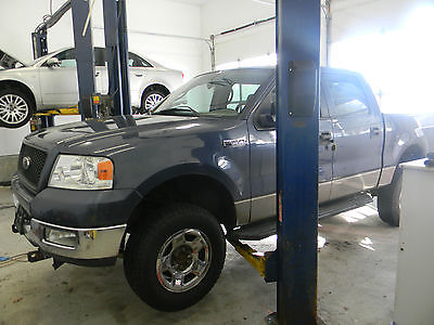 2005 Ford F-150 XLT Crew Cab Pickup 4-Door 2005 Ford F-150 XLT Crew Cab Pickup 4-Door 5.4L ONE YEAR POWERTRAIN WARRANTY inc