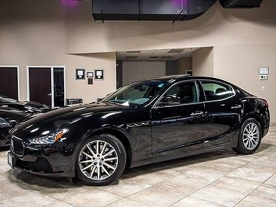 2014 Maserati Ghibli S Q4 Sedan 4-Door 2014 Maserati Ghibli S Q4 Sedan Premium Package Black Brake Calipers WOW