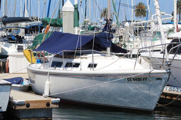 1980 Catalina 250  Sloop